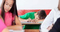 Teenager brauchen mehr Schlaf! Warum also bekommen sie weniger davon?