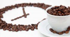 Wie Koffein Ihre innere Uhr verstellt