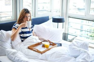 Maintaining a Healthy Sleep-Wake Cycle During the Holiday Season