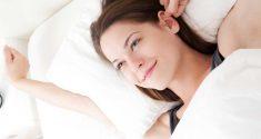 Zu früh aufwachen? Wann Sie aufstehen und wieder schlafen gehen sollten