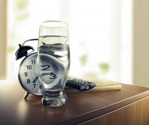 Why You Get Thirsty Before It's Time to Turn Out the Lights 1
