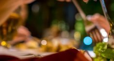 Spätes Abendessen soll mit Diabetes und Herzerkrankungen in Verbindung stehen