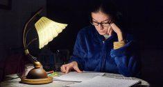 Zu schlechte Lichtverhältnisse führen zu Störungen der kognitiven Funktionen