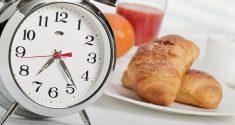 Kohlenhydrate vs. Proteine: Der Zeitpunkt macht den Unterschied