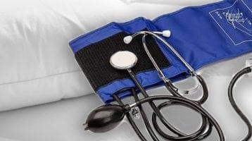 Women's Health: Even Minor Sleep Problems Raise Blood Pressure